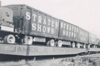 Strates Shows on the rails..1953.JPG