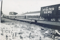 Strates Shows train in 1953.JPG