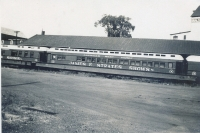 Strates Shows coaches and flats..1953.JPG