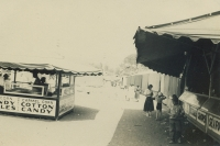Strates midway 1953.jpg