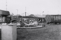 Strates Shows midway..1961.JPG