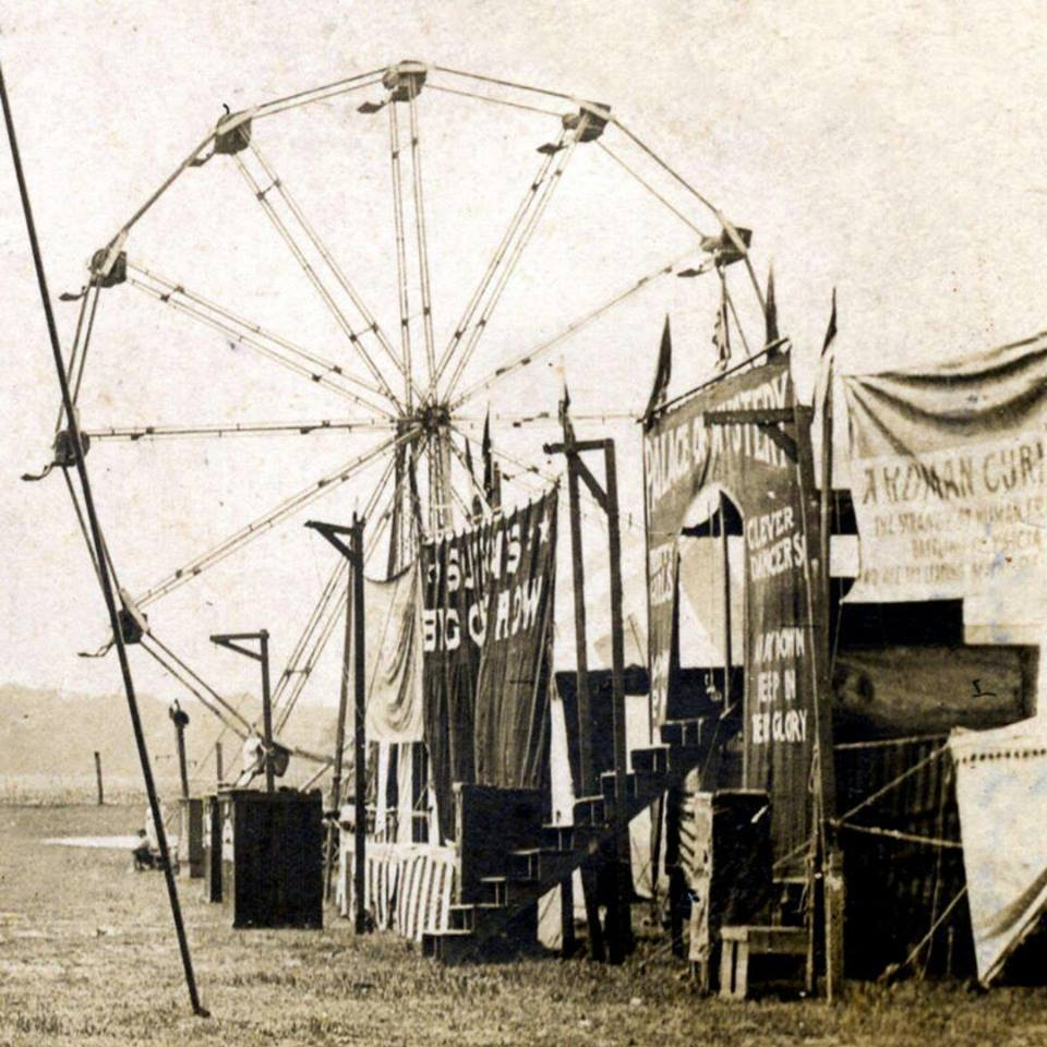 "alt=""Memories On The Carnival Midway"""