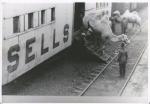Sells Floto stock car unloading in Kansas ...1918.jpg
