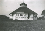 Wheeler Bros. training barn in Oxford, PA., 1916.jpg