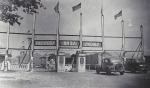 Hennies Bros. Shows front gate...early 1940's.jpg