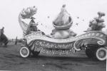 'Moonlite Melodies' Parade Float..1950..R B B B