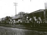 Cole Bros unloading..1941.JPG