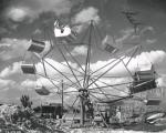 1947 Flying Saucer Thrill Ride