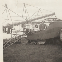 West Coast Shows Sky Wheel blowdown. This was the only portable ground mounted skywheel ever made. It never went up again..jpg