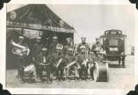 The Della O'Dell show made it through the 1925 season. It was owned by Karl Larkie and Shojiro Ureno..jpg