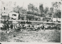 The Downie and Wheeler Show stopped enroute in 1912 to feed and water, cast and crew..jpg