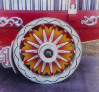 'Star Burst' circus wagon wheel.JPG