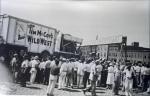 Unloading the Tim McCoy Wild West show    1938.jpg