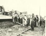Cole Bros Circus train wreck 1930's.jpg