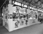 KY St. Fair  1933  inside 'Cream Crest Ice Cream' stand.jpg